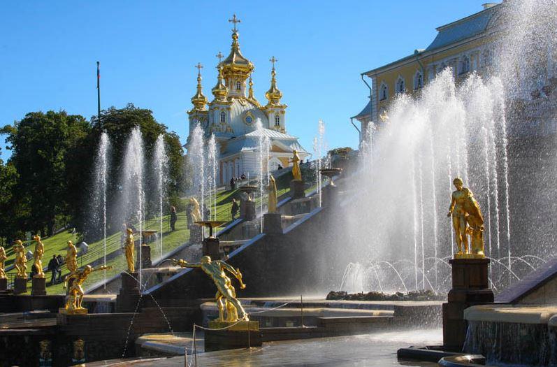 Фонтаны дворцово-паркового ансамбля Петергоф