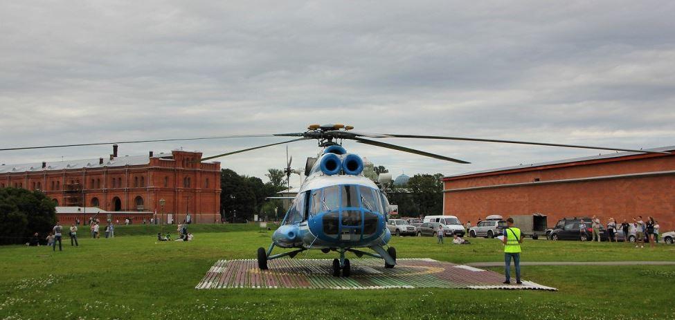Вертолёт в Петергоф из Санкт-Петербурга
