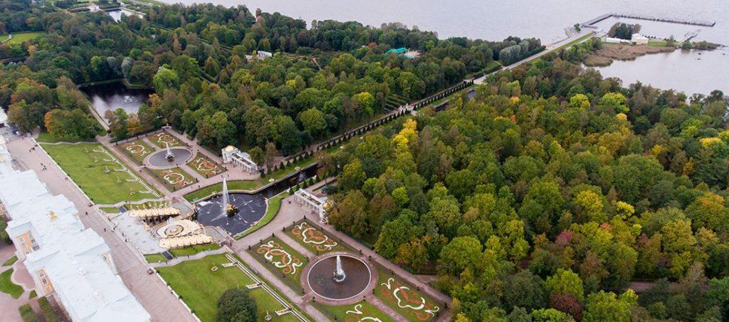 Нижний парк дворцово-паркового ансамбля Петергоф